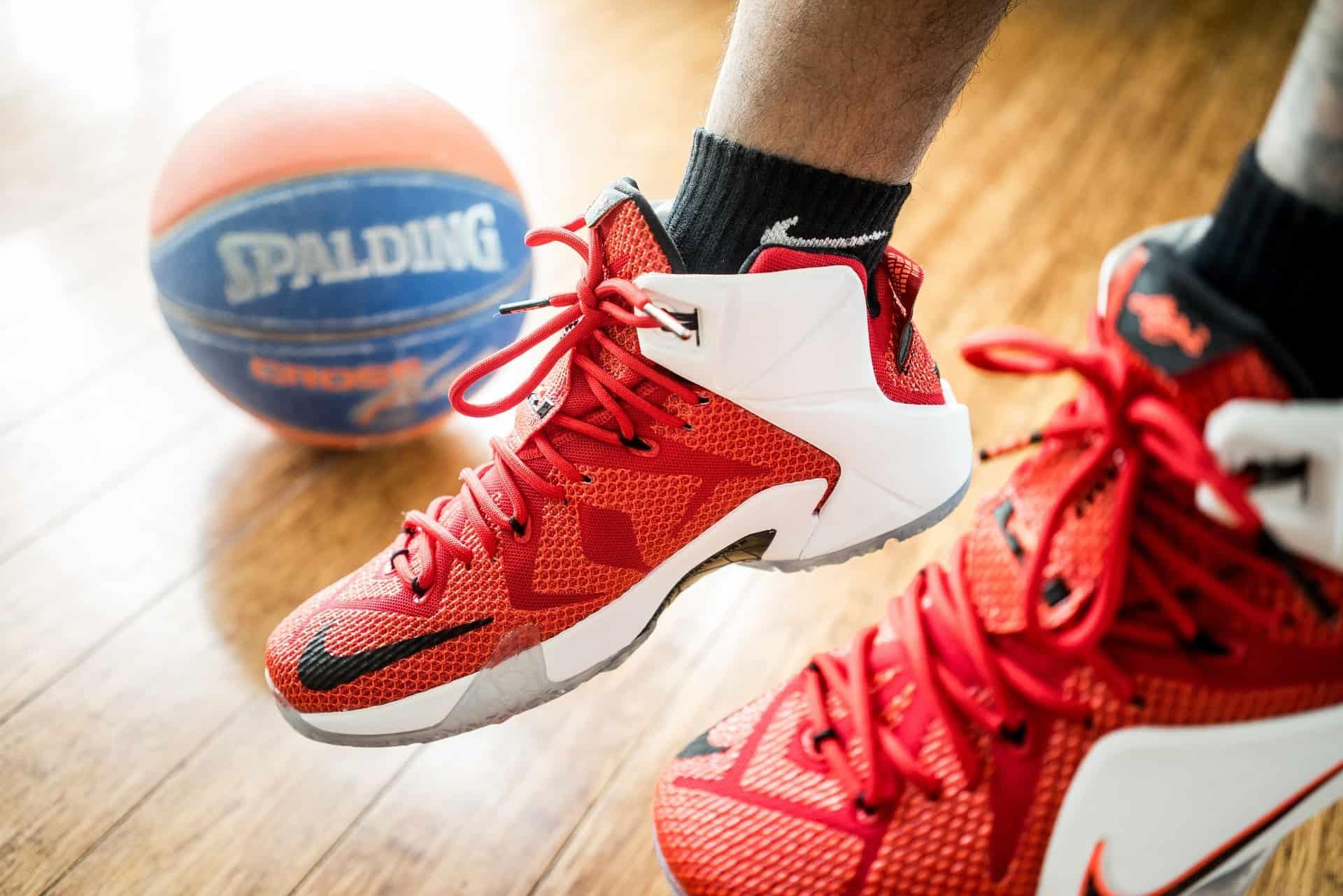 Basketball shoe shooting