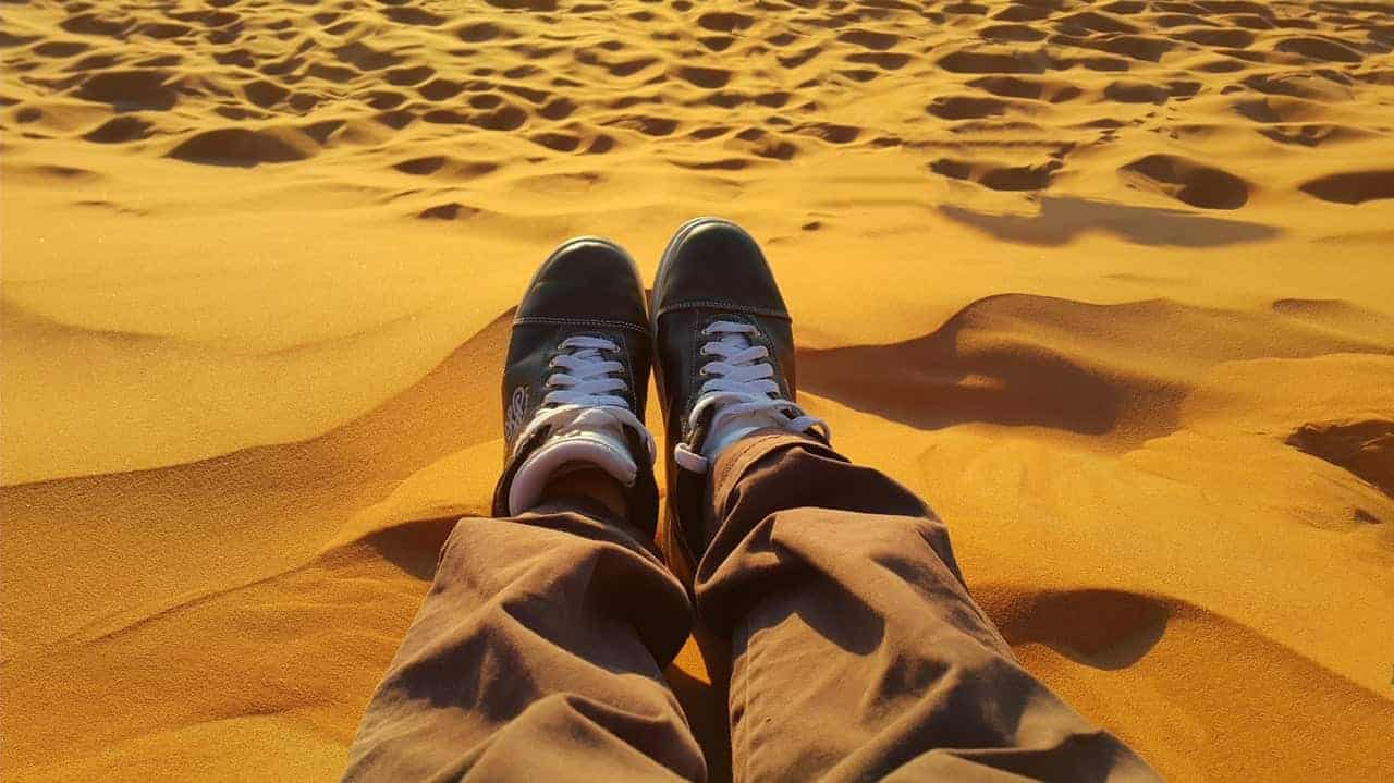best_shoes_for_sand_dunes